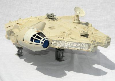 Millennium Falcon_2